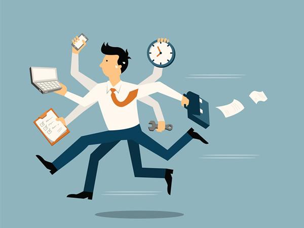 忙しいのは本人が悪い?会社が悪い?